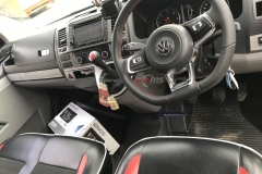 vw transporter-mk7 steering wheel-flat bottom
