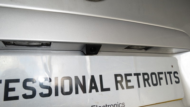 vw-transporter-t5-highline-rear-view-camera-retrofit