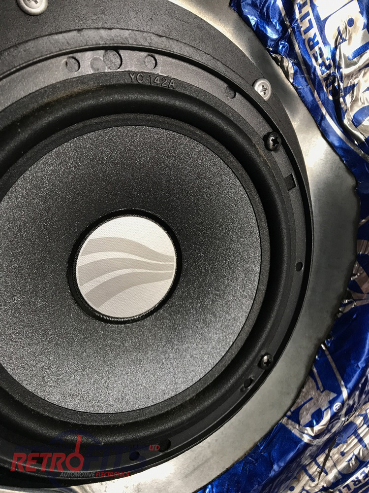 Pioneer TS-H1703 Door Speakers for VW T5 and T6