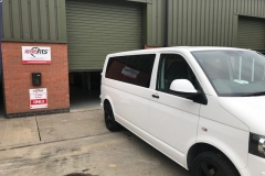 vw t5 t6 windows fitted hhhj
