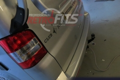 vw-transporter-t5-westfalia-detachable-towbar-with-13-pin-can-bus-dedicated-electrics-upgrade