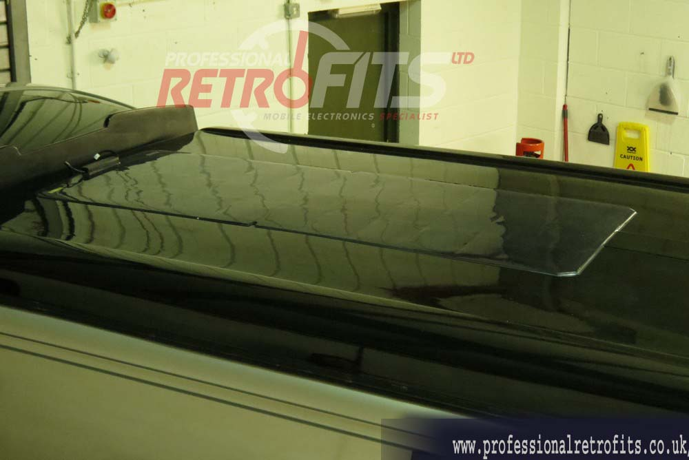 vw-transporter-t5-solar-panel-top view