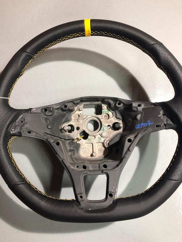 vw t6 yellow steering wheel